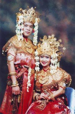 palembang Pakaian Tradisional Nusantara II (Sumatera)
